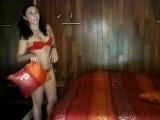 Vidéo porno mobile : Matinales giclées pour salope à sperme !